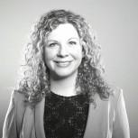 Júlia Farré - Partner