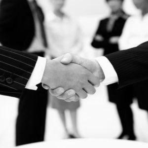 Cualquier fallo en una primera reunión comercial internacional puede ser razón de falta de confianza y, por lo tanto, falta de cierre de trato.