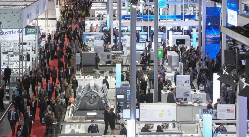 La Hannover Messe reune las principales empresas del sector tecnológico mundial.